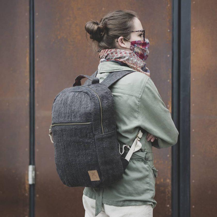 sac à dos éthique fait main en fibre écologique et upcycling