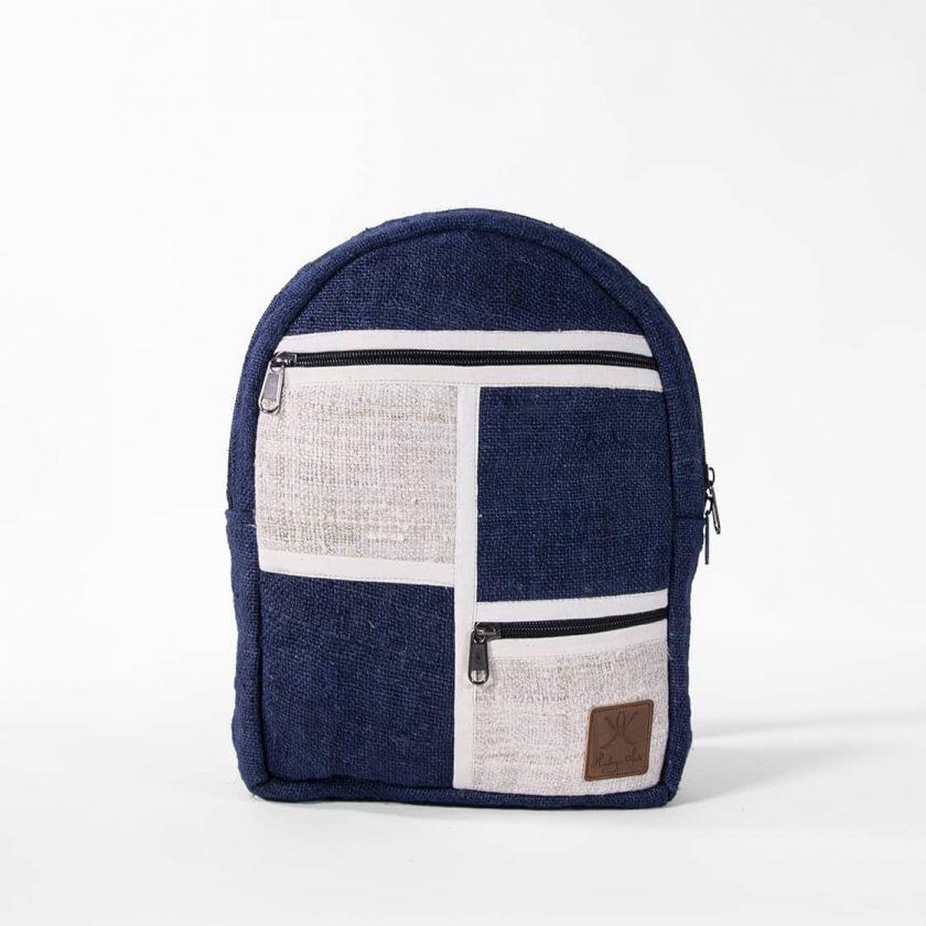 Petit sac à dos écologique en chanvre et teintures naturelles nantah indigo face