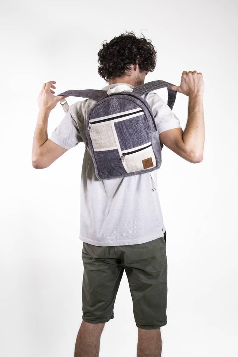 Petit sac à dos écologique en chanvre et teintures naturelles nantah gris homme
