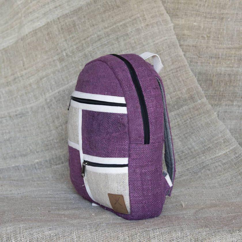 Petit sac à dos écologique en chanvre et teintures naturelles nantah framboise coté