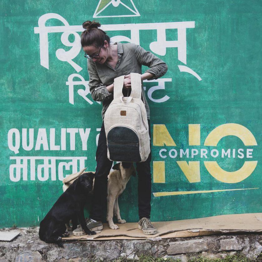 Sac à dos en chanvre écologique fait main au Népal Ravi forêt femme