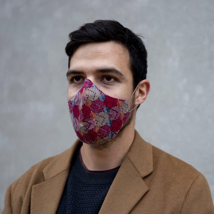 Masque coton motifs rouges pour homme et femme